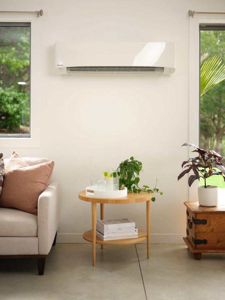 HRV wall mounted heat pump